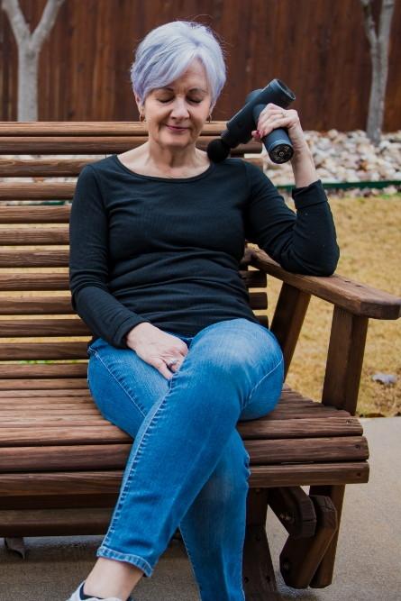Lynetta on bench (riot)